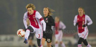 Ajax Vrouwen blijven fier op kop door 1-0 zege op FC Twente