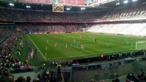 Ajax brengt spanning in Eredivisie terug