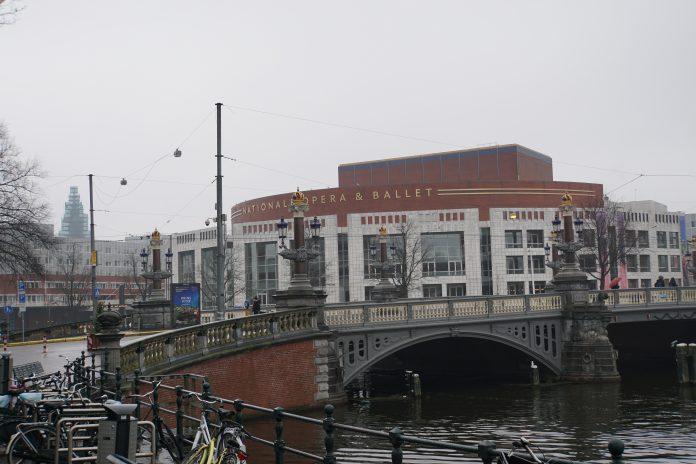 Stad eert veteranen tijdens elfde Amsterdamse Veteranendag