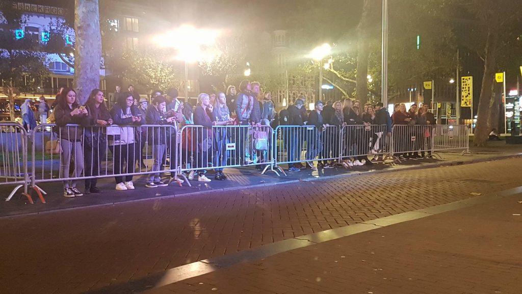 ADE 2017: Fans voor Martin Garrix op het Rembrandtplein