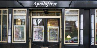 Frans Mulder met liedjes en verhalen in het Apollofirst Theater