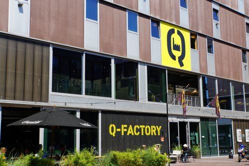 Q-Factory viert 71e verjaardag van Herman Brood