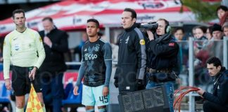 Kluivert grote man in ruime thuiszege Ajax op Roda JC