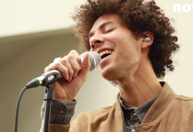 Paradiso verwelkomt een vrolijke Brusselaar met Afrikaanse roots