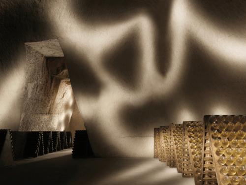 Champagne & Art Cruise van Ruinart tijdens Amsterdam Art Weekend
