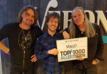 Ad Vandenberg krijgt Gouden Snaar tijdens Veronica Ochtendshow met Giel