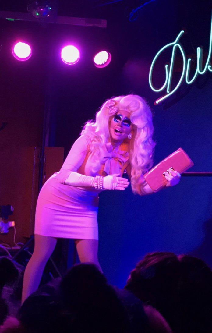 Debuuut van drag queen Trixie Mattel in Club NYX