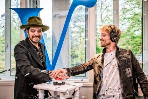 Bekendende Nederlanders nemen radio Veronica over