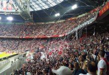 Onder leiding van leidsman Ed Janssen en assistent-scheidsrechters Bas van Dongen en Joost van Zuilen trappen Ajax en Excelsior vanavond om 20:45 uur in het 'Ajax-stadion' af voor de drie-na-laatste competitiewedstrijd van 2017