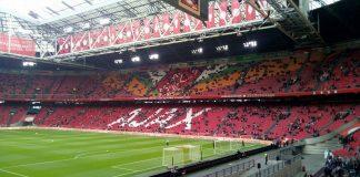 Ajax stelt Marcel Keizer, Hennie Spijkerman en Dennis Bergkamp op non-actief