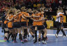 Oranje wint knap de bronzen plak na overwinning op Zweden