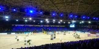 Isabell Werth wint met overmacht Grand Prix in Amsterdam