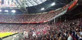 Verslag Utrecht tegen Ajax via whatsapp groep fanatieke Ajax-fans Verslag Utrecht tegen Ajax via whatsapp groep fanatieke Ajax Fans De wedstrijd Utrecht tegen Ajax gezien door een whatsapp groep van fanatieke Ajax-fans. Jelle deelt het bericht van de Ultras Amsterdam Bericht van de Ultras Amsterdam