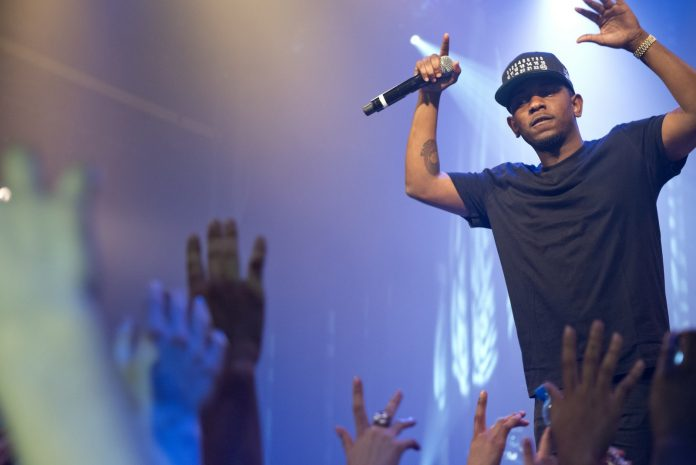 Rapper Kendrick Lamar grote winnaar Grammy Awards