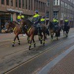 Foto's, video's en verhaal: Pegida demonstratie Amsterdam