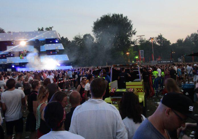 Gereanimeerde bezoeker 909-festival overleden