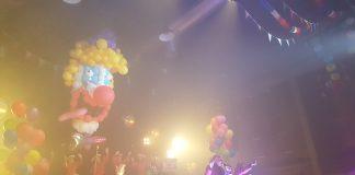 Naakt dansen op het Milkshake Festival