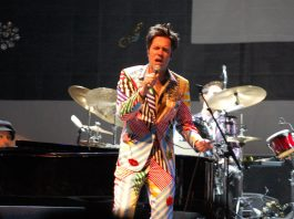 Rufus Wainwright naar Carré met All These Poses Anniversary Tour