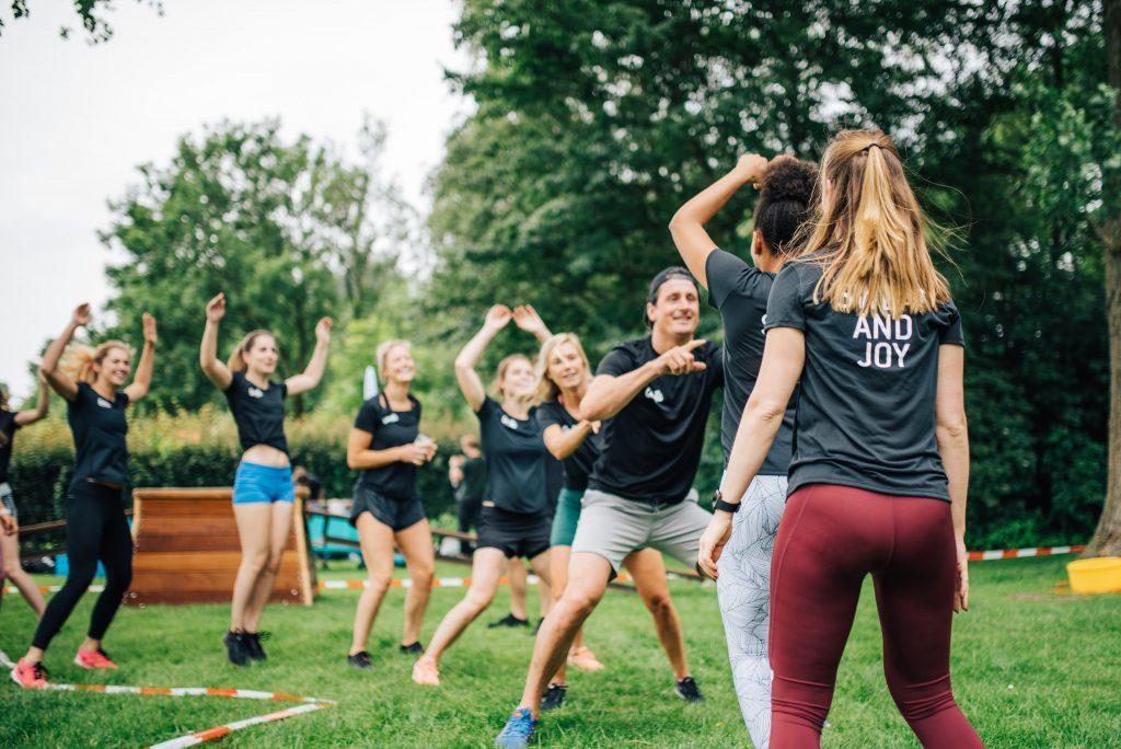Innovatieve sportapp OneFit organiseert komend weekend allereerste 'Apenkooi XL workout' in Amsterdam