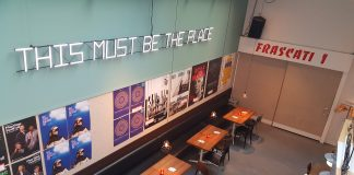 Met vier internationale premières begint Frascati nieuw theaterseizoen
