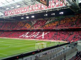 Magere resultaten en vechtpartijen bij oefenduels Ajax