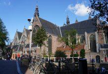 Oude Kerk als tempel voor muziek en kunstwerk