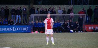 Ellen Jansen heldin bij winnende Ajax Vrouwen tegen Zwolle