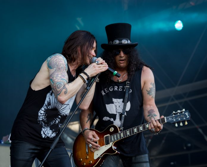 SLASH FT. MYLES KENNEDY & THE CONSPIRATORS NAAR AFAS LIVE