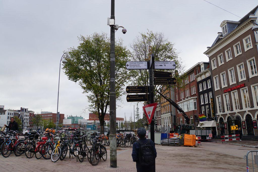 Feestelijke opening vernieuwde Amstel tussen Munt en Blauwbrug