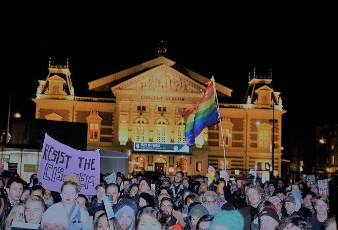 Transgender voorvechters luiden de noodklok op het Museumplein