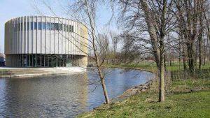 Bijlmerpark Theater - IDFA: Sylvana