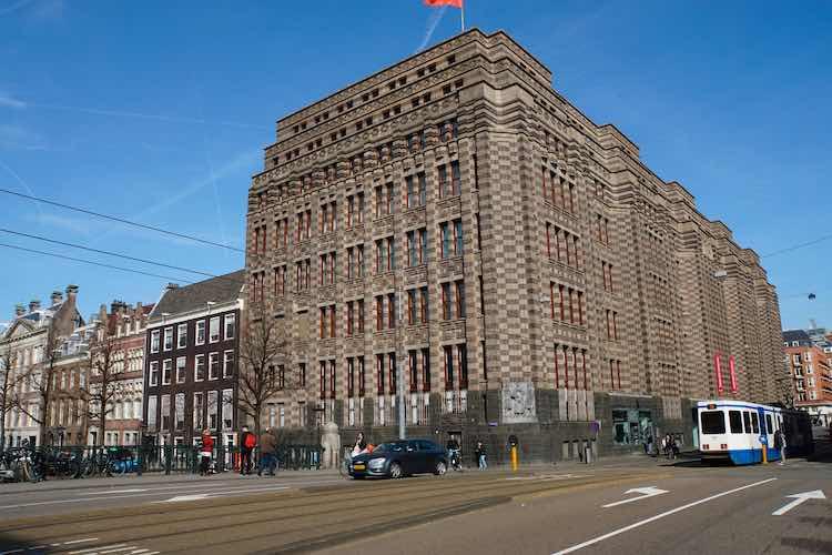 Stadsarchief Amsterdam - Het Amsterdam van Ed van Thijn
