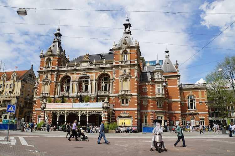 Stadsschouwburg Amsterdam – Thuislozen 18 november