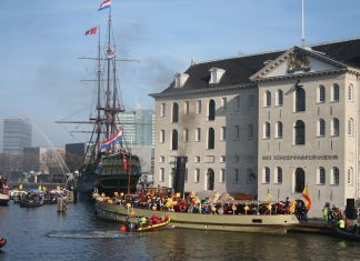 Sinterklaas in Amsterdam: 80e sintintocht in Amsterdam op 18 november