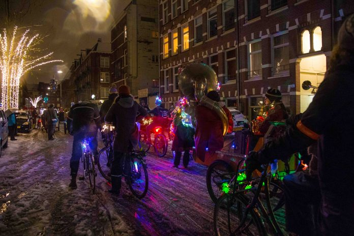 Amsterdam Light Parade 16 december in het Westerpark