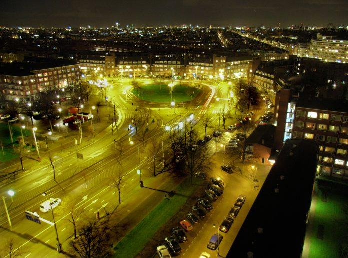 Mislukte plofkraak Surinameplein in Amsterdam