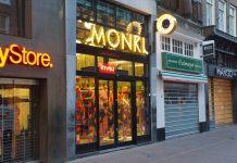 Is het verstandig om in het centrum te winkelen in Amsterdam?