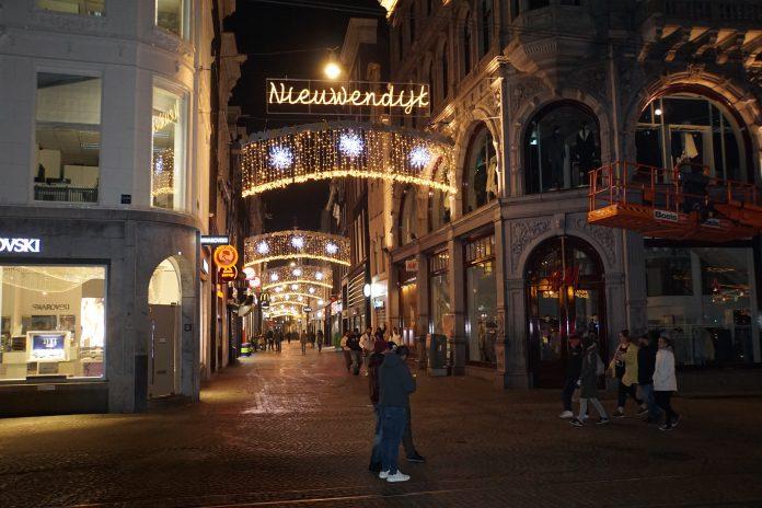 Amsterdam kreeg er het afgelopen jaar 10 duizend inwoners bij