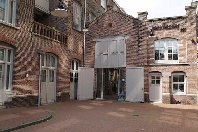 The Maker Market bij De Hallen in Amsterdam