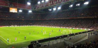 Ajax-supporters kunnnen opgelucht adem halen: Neres blijft in Amsterdam