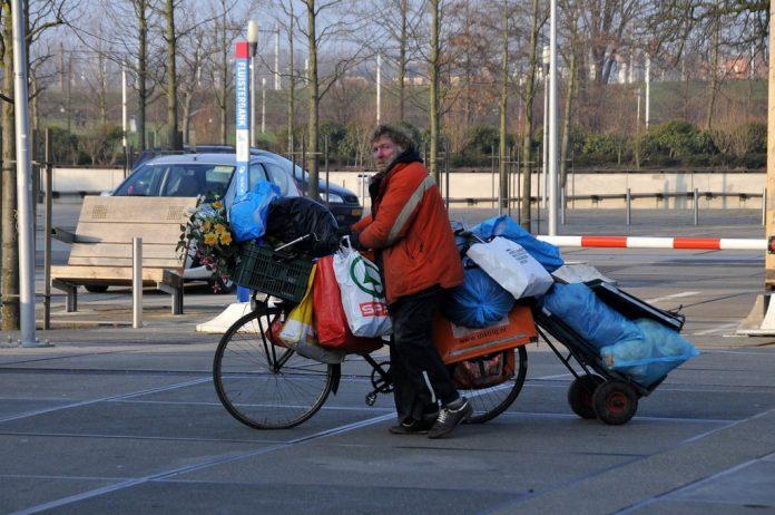Partij van de Ouderen: 'Stop met afwijzen van briefadressen daklozen'
