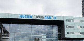 """Sjoerd Knops: """"Frits gehuld in jurk voor songfestival bingo"""""""