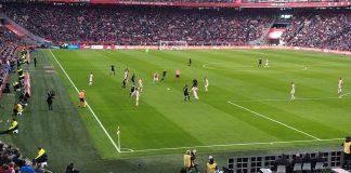 Spanning in Eredivisie terug na zege Ajax op PSV