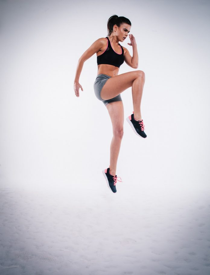 Only 4 ladies: in juiste shape richting zomer Bij sportschool Only ladies kunnen vrouwen die van sporten houden en hun lichaam in de juiste shape willen houden voor super veel activiteiten terecht. De ervaren instructrices van deze vrouwvriendelijke sportschool in Amsterdam helpen jou alles eruit te halen wat erin zit!