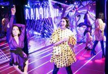 Dua Lipa onthult eigen beeld in Madame Tussauds Amsterdam