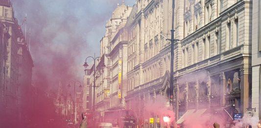 Opperbeste stemming Ajax-supporters in Londen