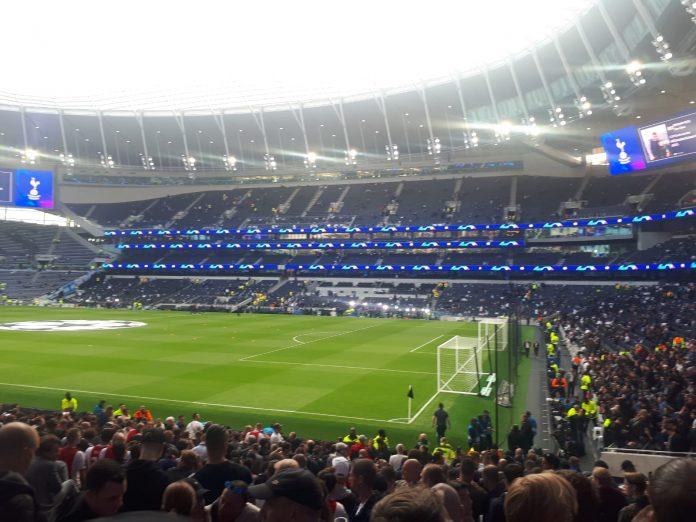 Veltman start in Ajax-basis tegen Tottenham
