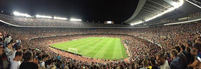 De vijf leukste voetbalsteden, naast Amsterdam, voor je op een rij