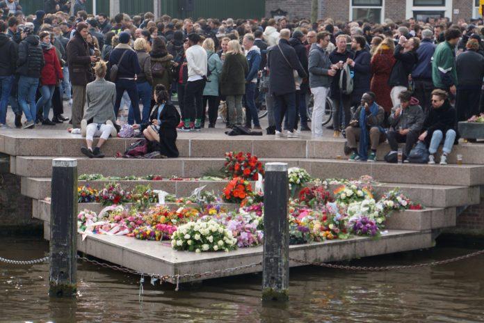 Amsterdam viert zondag volop bevrijding