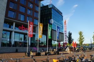 Tentoonstelling NOS tei bij de OBA Oosterdokskade De tentoonstelling Nos tei is een reactie en aanvulling op de With Pride-expositie, die te zien was in Amsterdam in 2018.
